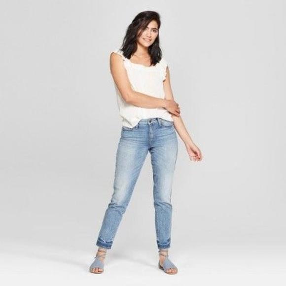 1c4b95c5705 Universal Thread Jeans | New Highrise Straight Mom | Poshmark